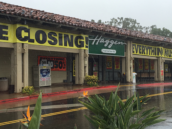Signs announce the closing of the Haggen store at 5630 Lake Murray Drive. (Photo by Jeff Clemetson)