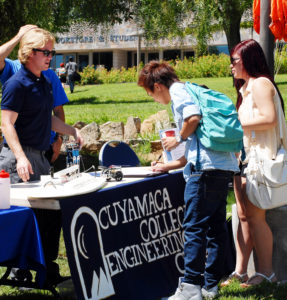 Students enrolling at Grossmont College (Courtesy GCCCD)